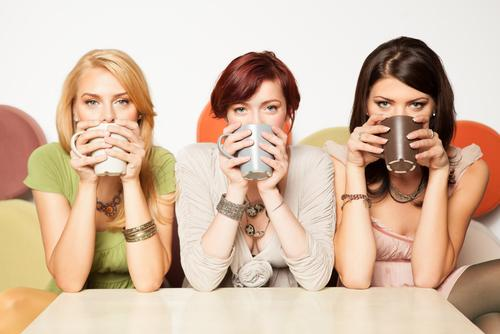women-drinking-coffee-together